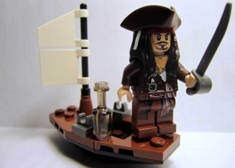 Jack Sparrow de Piratas del Caribe en Lego