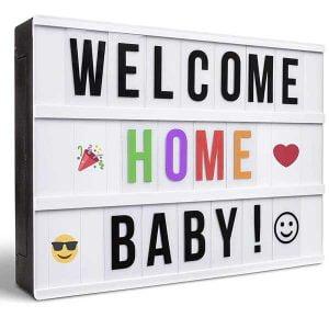 caja de luz personalizable con letras de colores y emojis