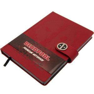 cuaderno inspirado en deadpool