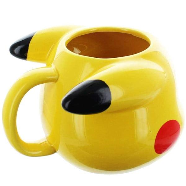 taza con relieve pikachu